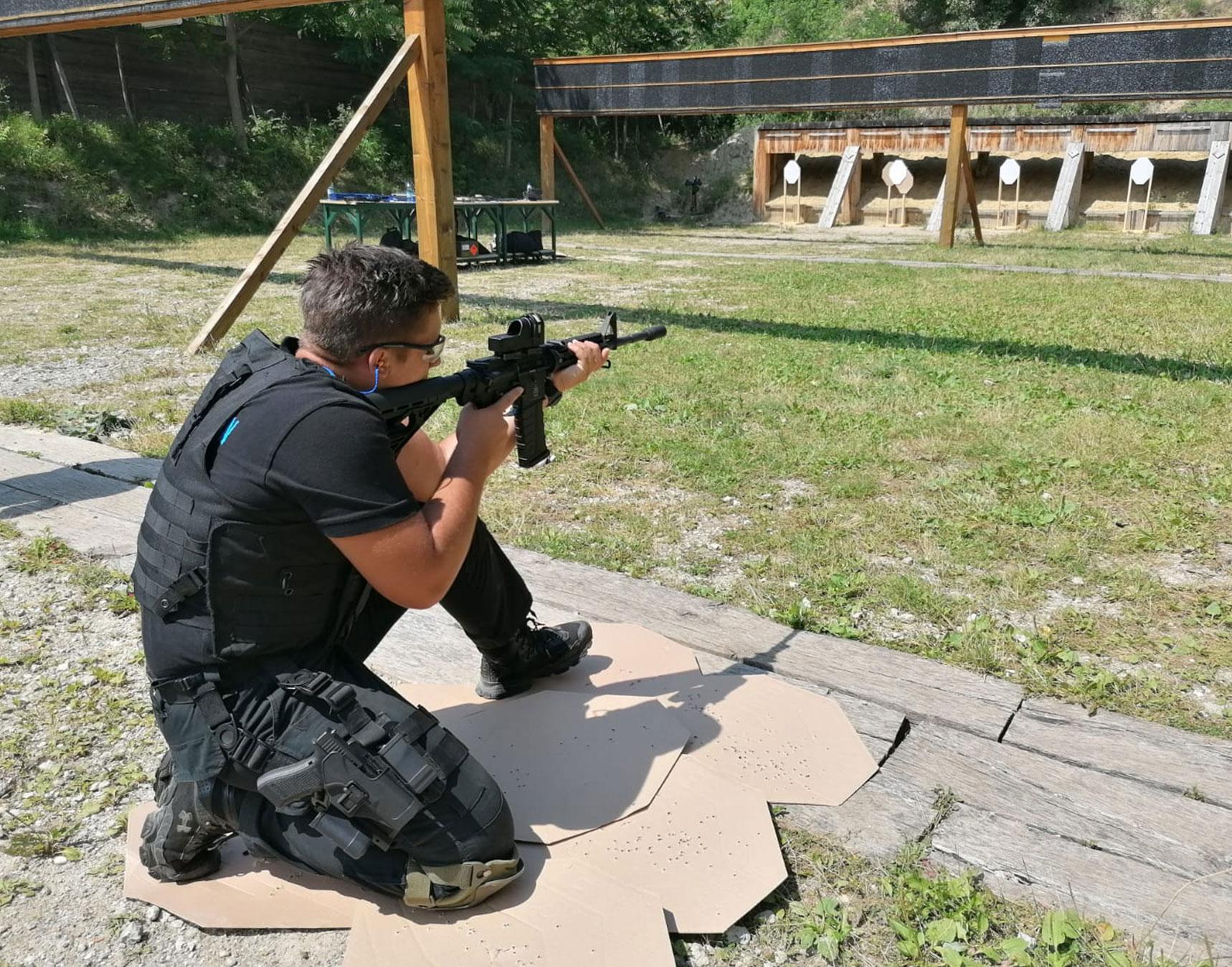 AR15-M4